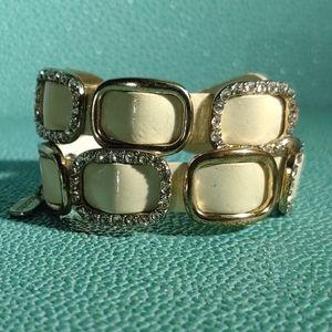 Fashion jewelry bracelet